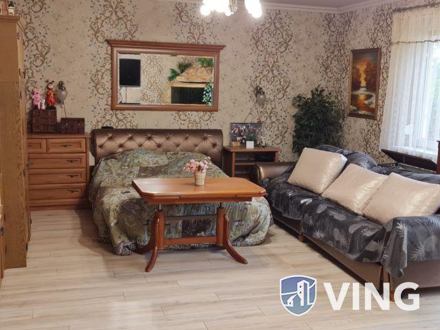 Telephely és lakhatás több, mint 3000 m²-en